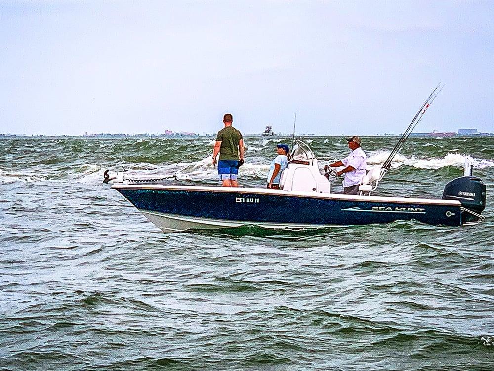 Image{width=1600, height=1200, url='https://cdn2.hubspot.net/hubfs/5834572/images/Galleries/fishing/fishing%20(7).jpg'}